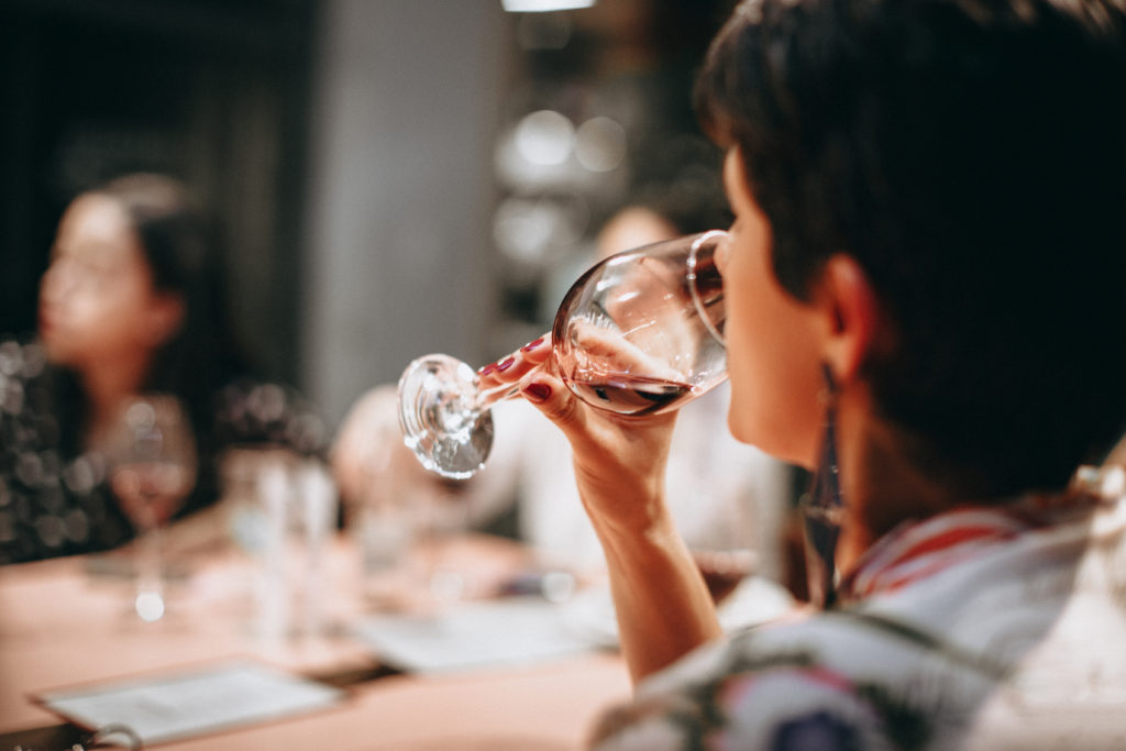 3 Steps to Taste Wine Like a Pro